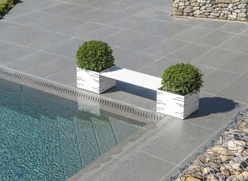 fioriera-potter-arredamento-piscina