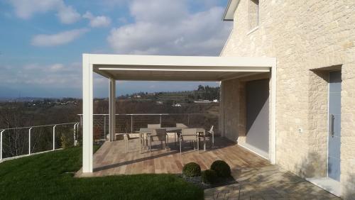 strutture-in-allunimio-arredatori-terrazza