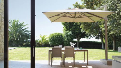 arredo-giardino-parasole-mr-arredatori-italia.jpg