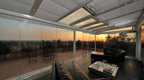 chiusure-trasparenti-design-veranda