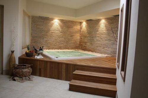 mr-arredatori-zenline-piscina-legno